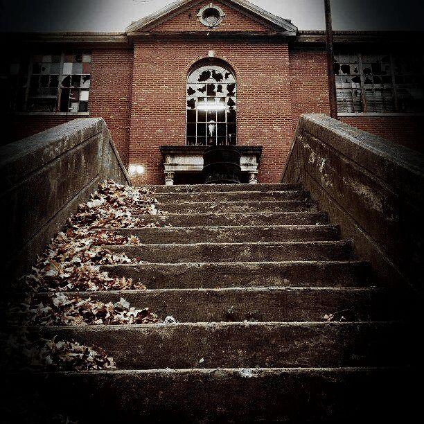 Scareview Grave School