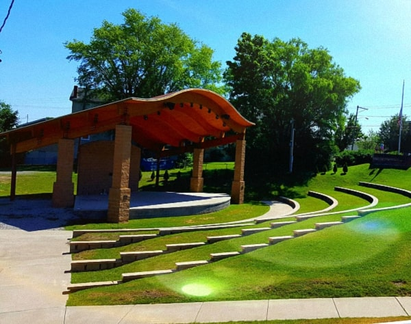 Lively Family Amphitheater